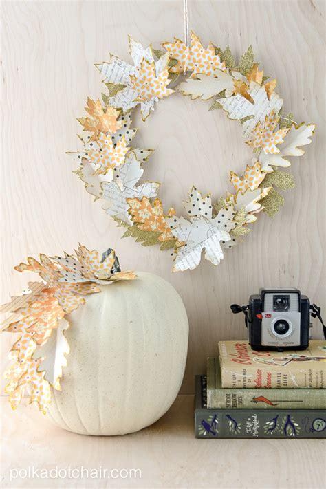 paper crafts ideas fall leaf wreath tutorial and quot no carve quot pumpkin ideas 5657