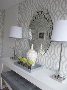 Grey and white trellis wallpaper