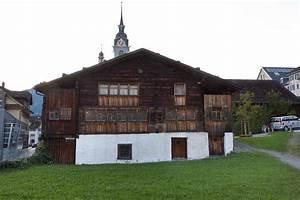 Haus In Der Schweiz Kaufen : das lteste haus in europa liegt in der schweiz ~ Lizthompson.info Haus und Dekorationen