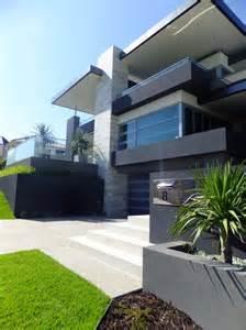 Modern Beach House Architecture