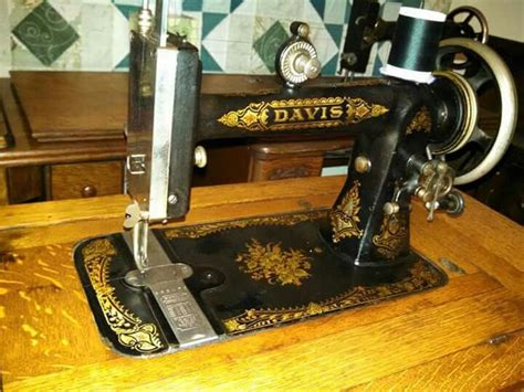 8 best 1870 s davis octagonal sewing machine images pinterest sewing machines treadle