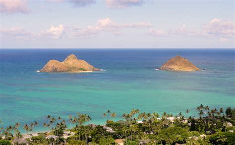 Mokulua Islands, Oahu Hawaii.jpg