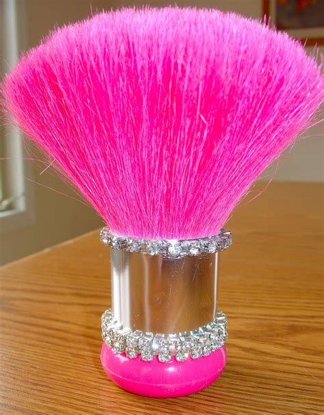 hot pink makeup brush pictures   images