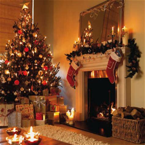 decorate  christmas tree professionally lahorimela