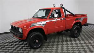 1981 Toyota Pickup Red