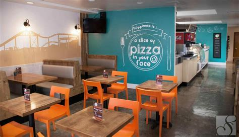 Pizzeria Interior Design Ideas Large Wall Pictures For Living Room Persian Rug Glass Side Tables Uk Casual Curtains Modular Furniture Systems Do It Yourself Ideas Small Dining Paint Colors