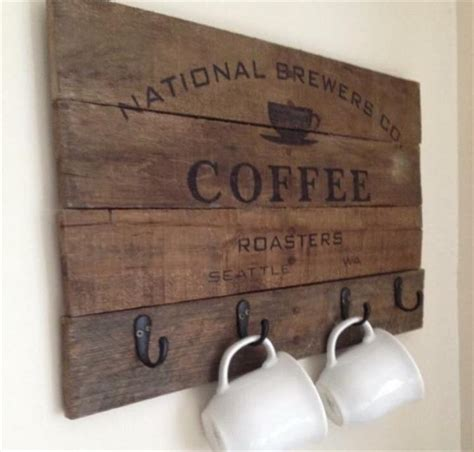 pallet coffee cup rack  sign pallet furniture plans