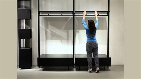 visual merchandising benetton   instore wall