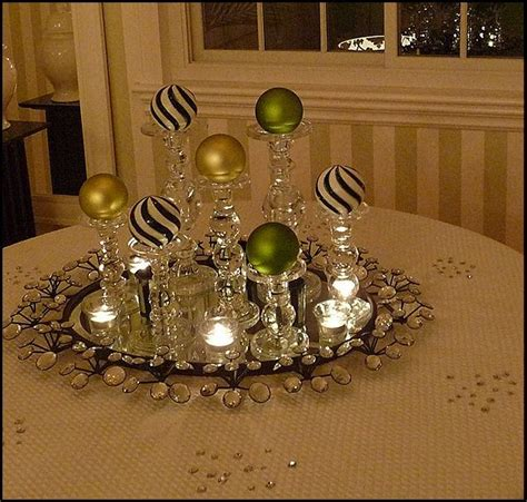 Centerpieces For Dining Room Table by 22 Christmas Centerpieces That Will Embellish Your Dining