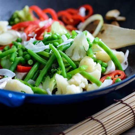 la cuisine au wok le b a ba de la cuisine au wok