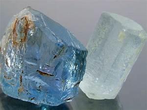 Aquamarine Value, Price, and Jewelry Information ...