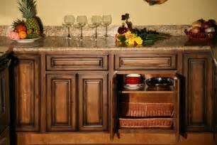 maple kitchen furniture pecan maple glaze kitchen cabinets rustic finish sle door rta all wood ebay