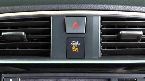 passenger airbag light on 2016 nissan sentra front passenger air bag status light