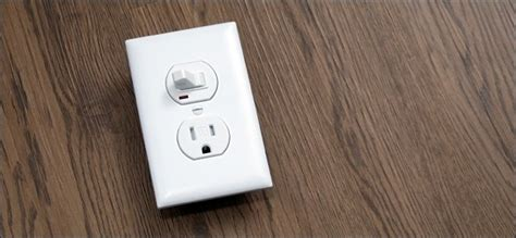 How Replace Light Switch With Outlet Combo