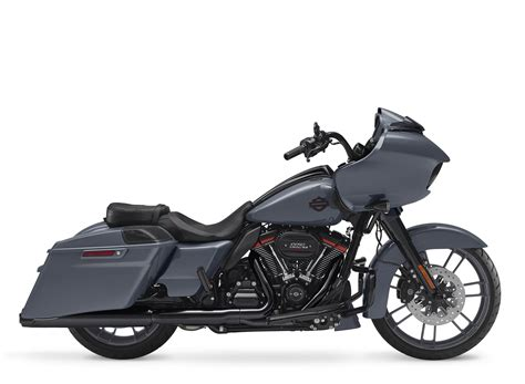 Review Harley Davidson Cvo Glide by 2018 Harley Davidson Cvo Road Glide Review Total Motorcycle