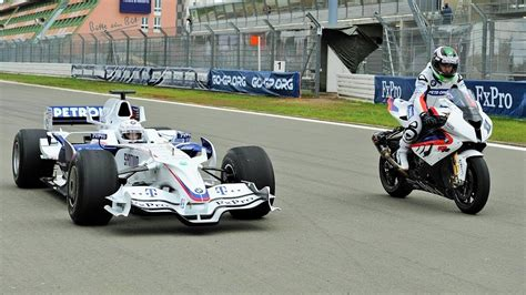 Bmw Formula 1 by F1 Car Vs Bike Bmw Sauber F1 Vs Bmw S 1000 Rr