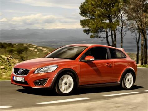 2011 Volvo C30 T5 R-design Review