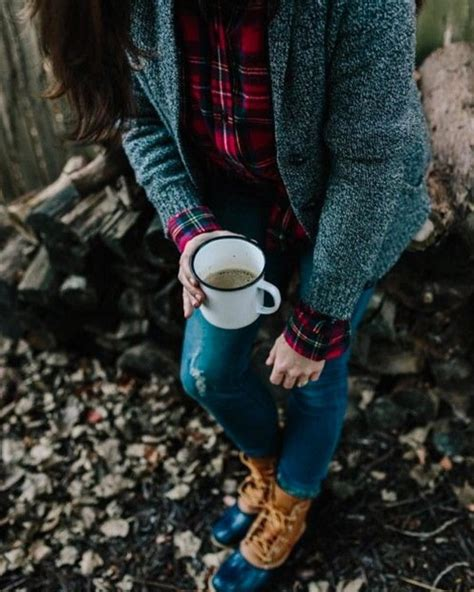 Find helpful customer reviews and review ratings for stumptown coffee roasters blend whole bean coffee, bag, flavor notes of milk chocolate, cherry and orange, homestead, 12 oz at amazon.com. Sometimes the perfect cup of coffee depends on where you drink it. (Photo via Kate Arends ...