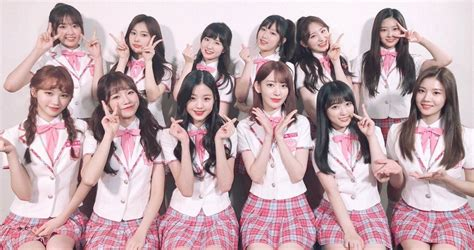 Iz*one Greet Fans For The First Time On 'v Live'