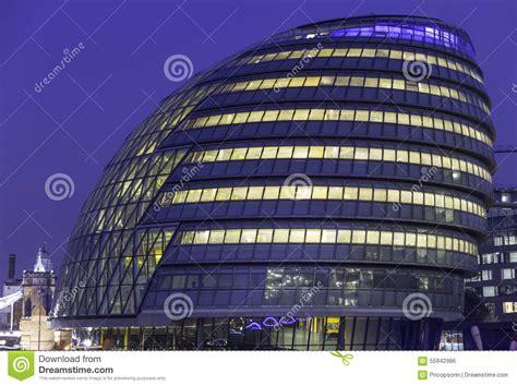 immeuble de bureau immeuble de bureaux moderne photo stock image 55942986