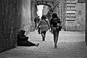 File:Poverty-1274179 960 720.jpg - Wikimedia Commons