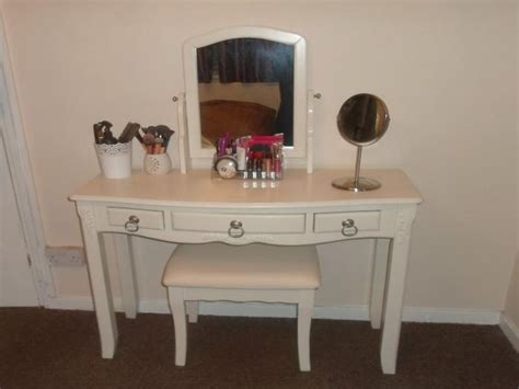 cheap vanity desk with mirror best 25 cheap vanities ideas that you will like on
