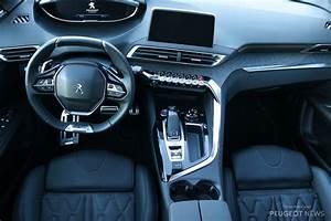 I Cockpit Peugeot 3008 : essai 3008 gt line le suv r interpr te les codes de la route peugeot news ~ Gottalentnigeria.com Avis de Voitures