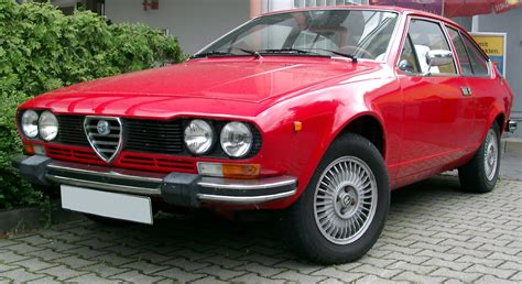 Alfa Romeo Car : Cool Designs Car