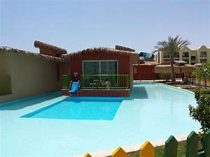 Bungalow Mit Pool : bungalow mit eigenem pool hotel titanic palace hurghada holidaycheck hurghada safaga ~ Frokenaadalensverden.com Haus und Dekorationen
