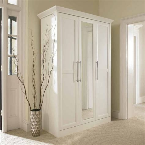 White Wardrobe With Mirror by 17 Best Ideas About Wardrobe With Mirror On