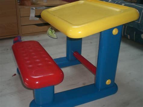 n 097 bureau pour enfant