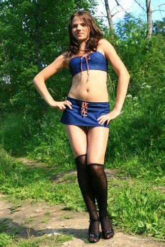 pin de lety moderattita rocks en chicas sexys conservative outfits shirts y skirts