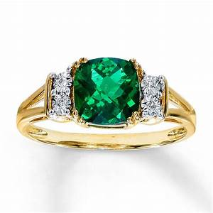 Emerald rings images and photos for Emerald and diamond wedding ring