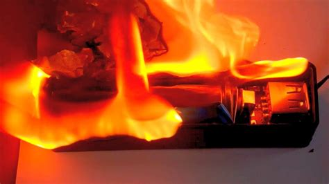 li ion power bank short circuit  fire experiment