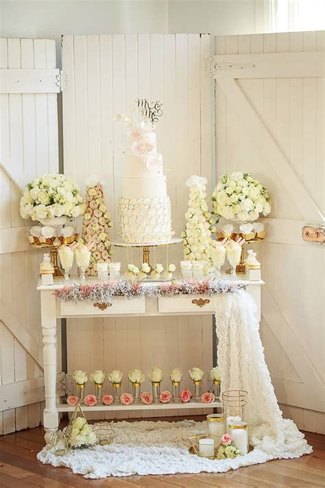 vintage glam wedding inspiration gilded  gold