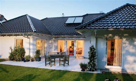 maison moderne en u les diff 233 rentes formes de maison pour votre projet de construction