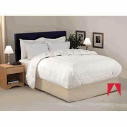 Pillowscom for Comfort inn bedding for sale