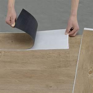 Was Ist Besser Pvc Oder Laminat : neu holz vinyl laminat selbstklebend eiche mittel dielen planken boden ebay ~ Markanthonyermac.com Haus und Dekorationen
