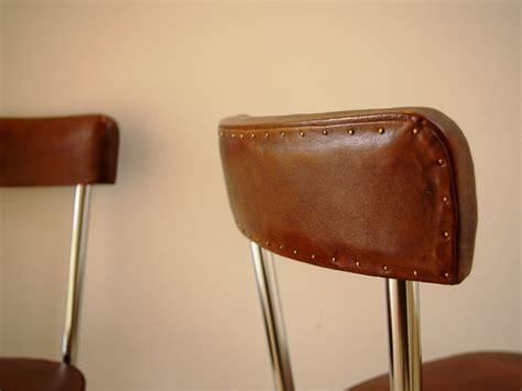 locaux bureaux dossier cloutés chaise industrielle cuir jpg chaises