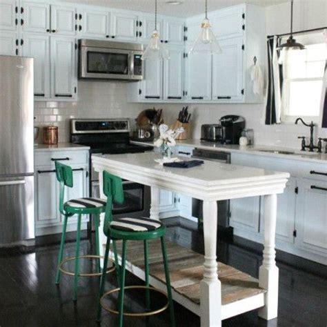 inexpensive kitchen island ideas best 25 cheap kitchen islands ideas on build