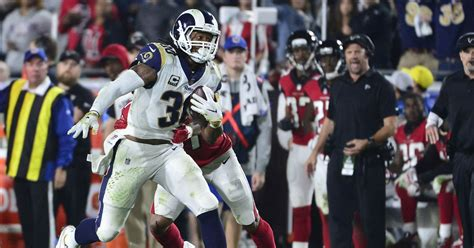 nfl honors  todd gurley wins offensive player