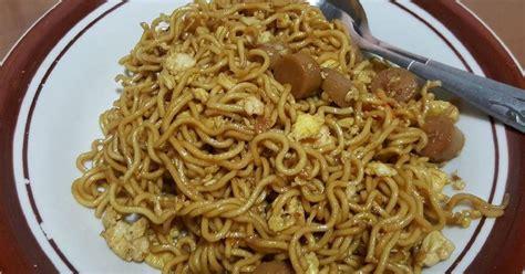 Meskipun banyak yang menjual makanan ini, namun tak ada salahnya jika parents mencoba membuatnya di rumah. Resep Mie Goreng Ala Chinese Food Simple Super Enak! oleh Amelia - Cookpad