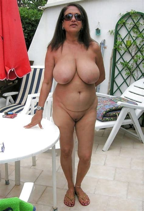 Mature Spreading And Standing 40 Pics Xhamster
