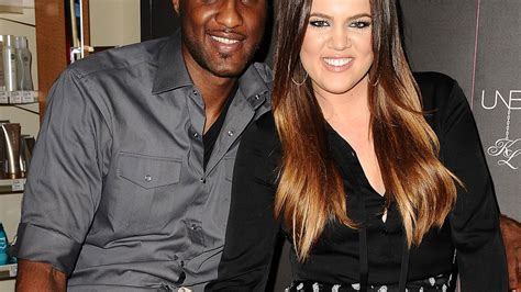 Khloe Kardashian, Lamar Odom Sign Divorce Papers Two Years ...