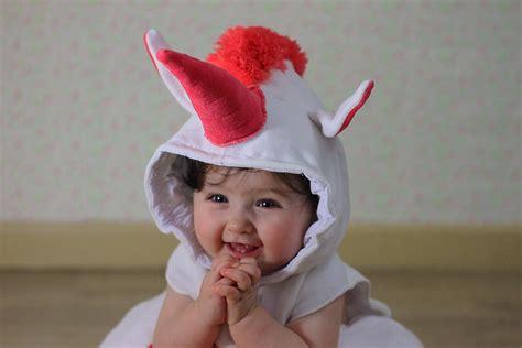 de unicornios bebes unicornio beb 233 imagui fondo de unicornio dibujado a mano con un