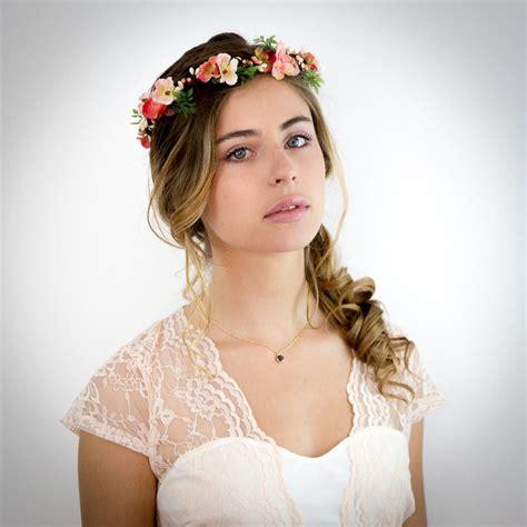 couronne de fleurs corail p 234 che et ivoire no 233 lie accessoire cheveux mariage accessoires