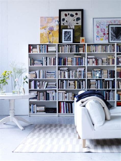 ensemble canapé 3 2 les 25 meilleures idées concernant bibliothèques billy sur