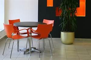 Pendelleuchte Für Langen Tisch : kreative ideen esszimmer einrichtung dekoration tisch ~ Michelbontemps.com Haus und Dekorationen