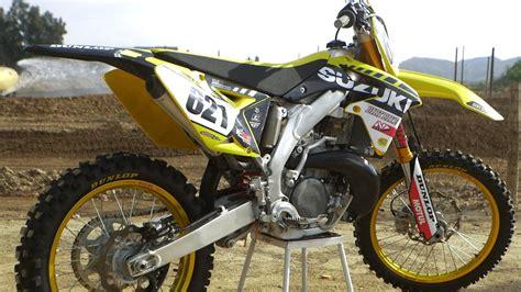 suzuki motocross bike 2018 suzuki rm250 2 stroke mxdose com