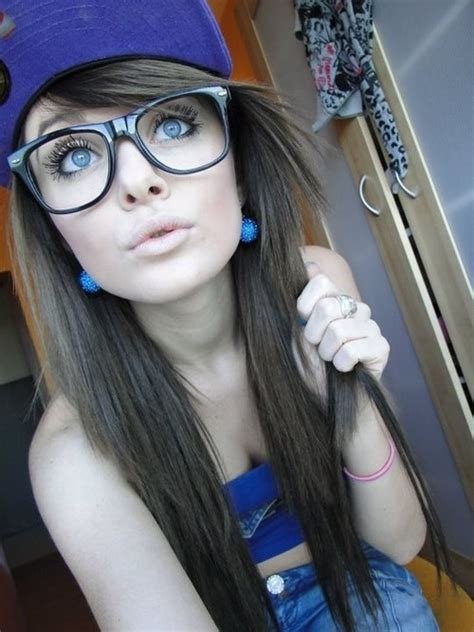 Image Pretty Girl Sexy Jeans Glasses Hat Earrings Blue